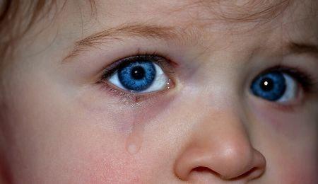 Når et barn slår sin mor, er der måske en god grund?